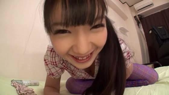 ハイソックス美少女がカメラに向かって美乳チラせバイブオナニーでアクメだよ!