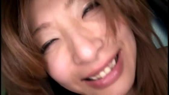 大好きなハメ撮りセックスで旦那には見せない表情で感じまくる巨乳人妻の不倫動画